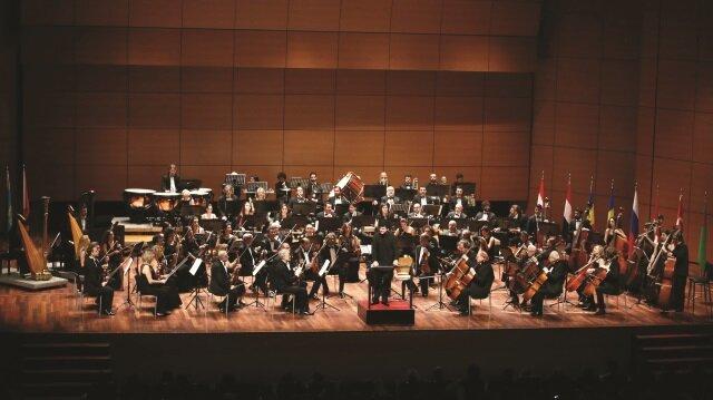Aziz Shokhakimov: Geleceğin klasik müzik dinleyicilerini yetiştireceğiz