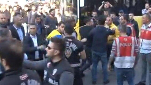 Kadıköy'de gerginlik: Bir taraftar gözaltına alındı