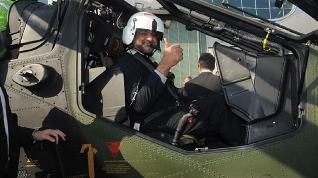 Pakistani PM takes Turkish helicopter for test flight in Istanbul