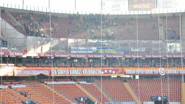 Fenerbahçelilerden alkış alan pankart