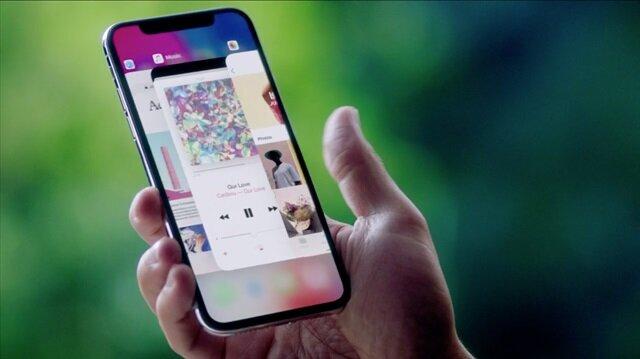 Apple gözde cihazı iPhone X, Türkiye'de 6 bin 99 TL'den başlayan fiyatlarla satışa sunulacak.