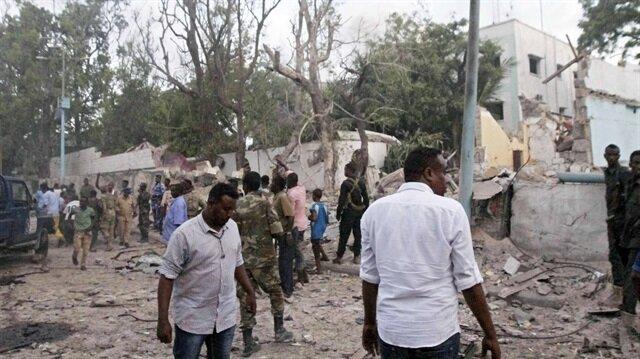 Somali hükümeti istihbarat servisi ile polis biriminin başkanlarını görevden aldı.