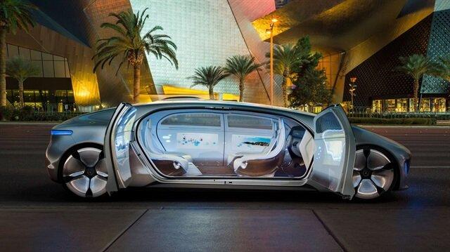 Özellikle geleceğin sürücüsüz otomobilleri için çalışan Türk konuşmacılar büyük ilgi çekecek.