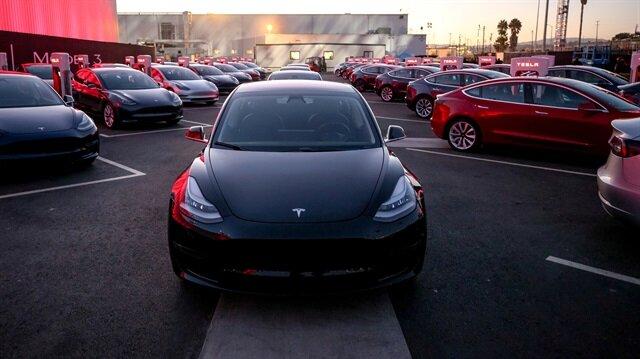 Tesla bir yıl sonra sıfırı tüketip fon arayacak.