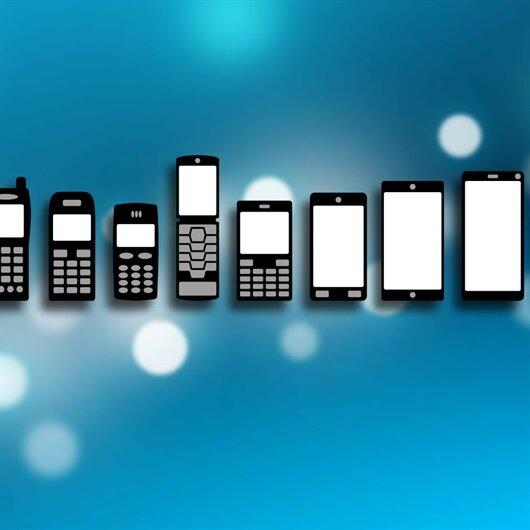 Telefonlar yeniden küçülüyor