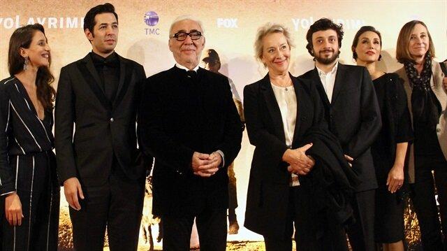 Şener Şen'in yeni filmi 'Yol Ayrımı'nın galası yapıldı