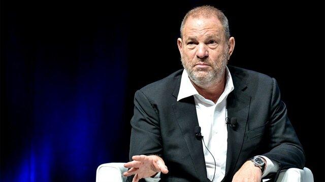 İsrail kanalı Channel 12, Weinstein'a Barak'ın yardımcı olduğu iddiasını ortaya attı.