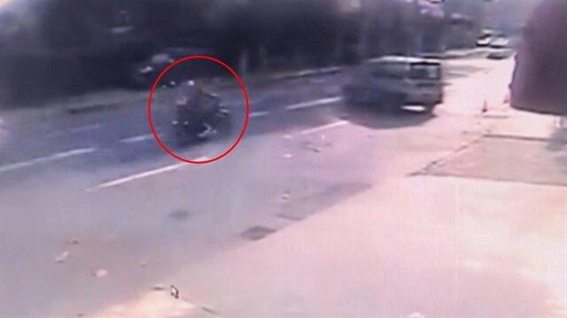 Motosikletli çift dehşeti yaşadı!