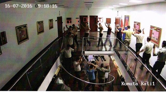 Darbecilerin gözaltına alınma anının fotoğrafları ortaya çıktı