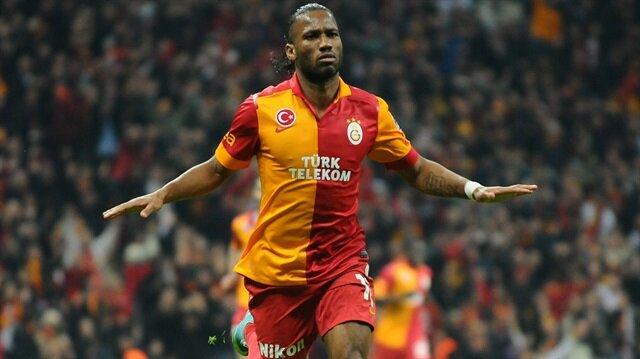 Drogba 1,5 sezon Galatasaray forması giydi.