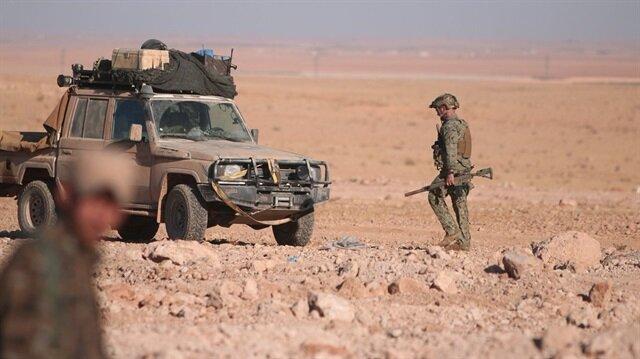 Rusya Dışişleri Bakanı Lavrov, Rakka'dan ABD koruması altında giden DEAŞ konvoyuna ABD'nin kalkan olduğunu söyledi.