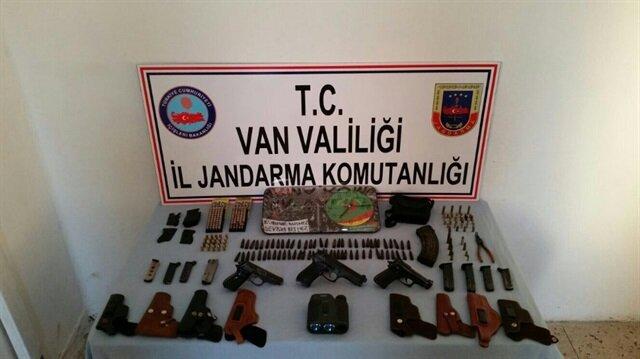 Van Haberleri: PKK'ya ait silah ve mühimmat ele geçirildi