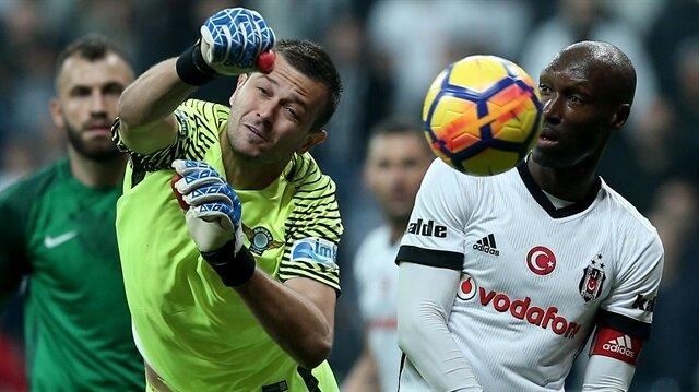 Beşiktaş, Akhisar'a çarptı