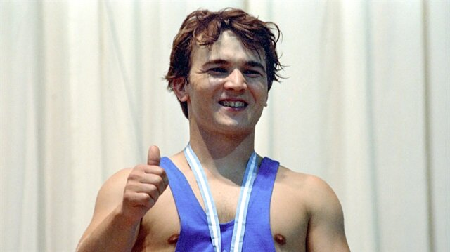 Naim Süleymanoğlu'nun vefatı spor dünyasını yasa boğdu
