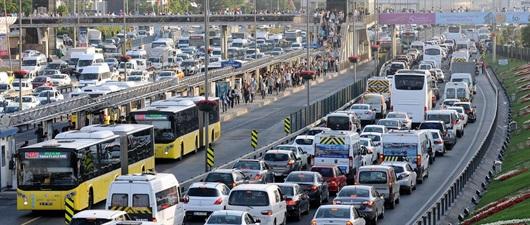 Bazı yollar trafiğe kapatılıyor