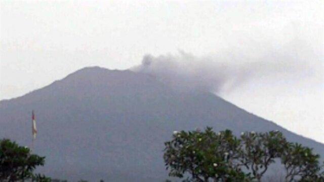 Endonezya'da sessiz yanardağ tekrar harekete geçti
