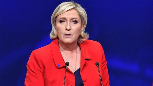 Le Pen takes HSBC, Societe Generale to court for 'banking