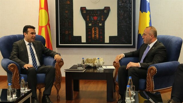Macedonia PM pays first-ever visit to Kosovo