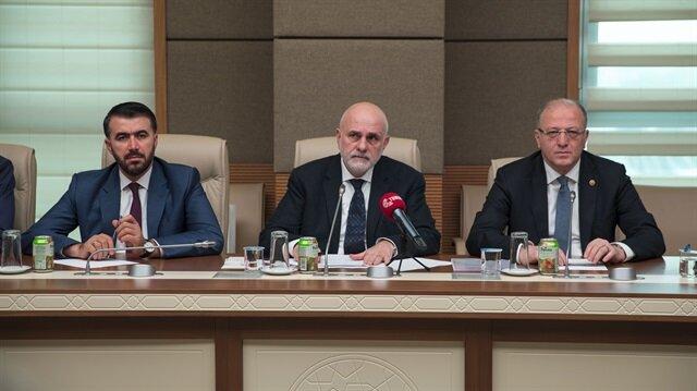 Turkish lawmaker calls on Muslims to unite for Rohingya