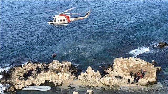 Turkish Coast Guard teams rescue migrants stranded in Aegean Sea