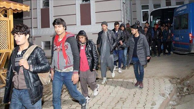 Over 1,500 undocumented migrants held in Turkey