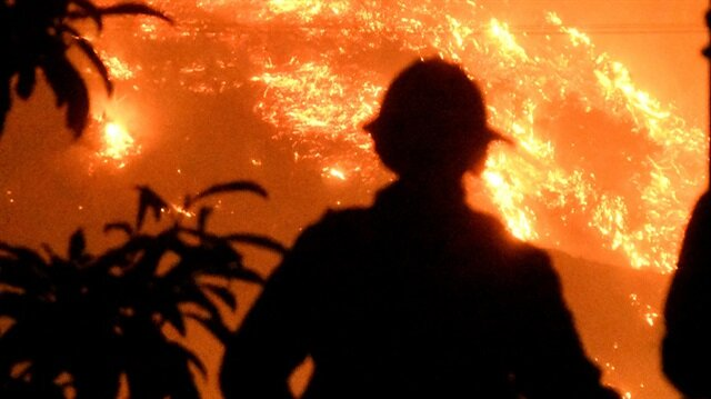 California winds fuel state's third-largest wildfire