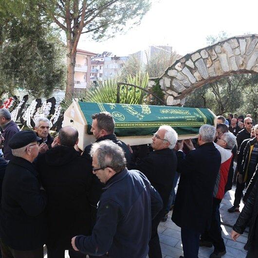 Usta oyuncu Özdemir son yolculuğuna uğurlandı