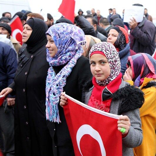Türkiye'deki sığınmacılar Afrin için askerliğe başvurdu
