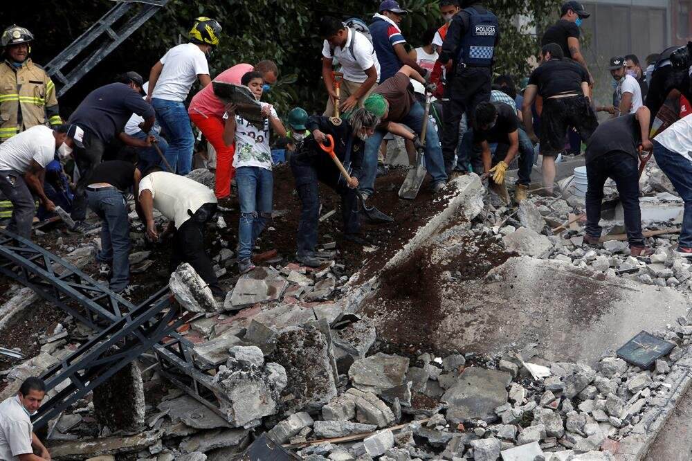 Mexico: Powerful earthquake leaves at least 248 dead