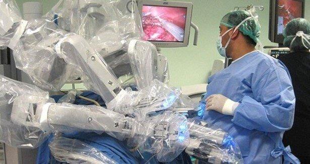 Robotik cerrahide bir ilk!