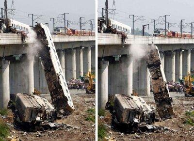 Çinde hızlı tren kazası: 35 ölü