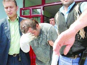 16'lık kız annesini öldürüp cesedi yaktı