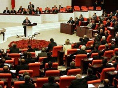 Torba Kanun Tasarısı, Meclis'te yasalaştı