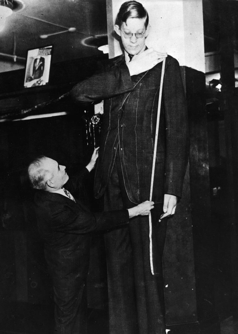 Illinois Devi: Gelmiş geçmiş en uzun insan