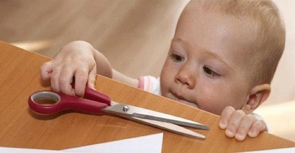 Afacan çocukları ev kazalarından koruma yolları