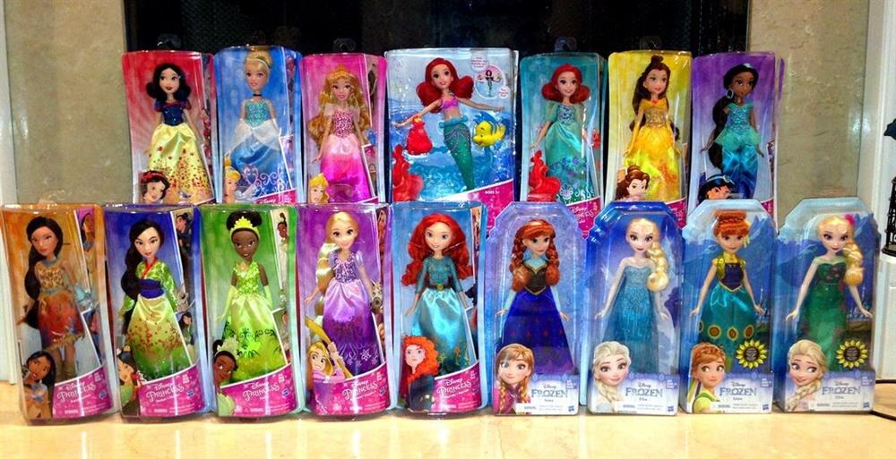Oyuncak sektöründe zirvede yer alan Barbie Bebeklerin modası geçiyor mu?