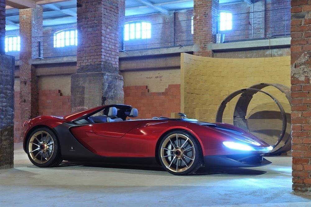 Dünyanın en iyi boksörlerinden Floyd Mayweather'ın garajında bulunan süper lüks 15 otomobil