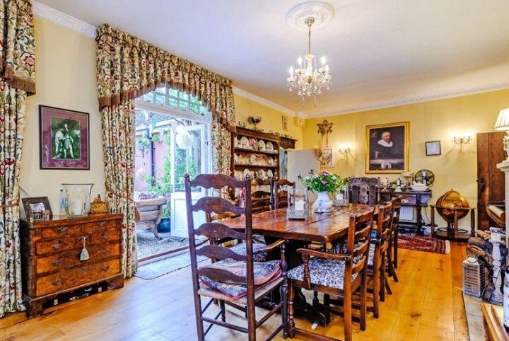 Harry Potter'ın çekildiği ev satılıyor
