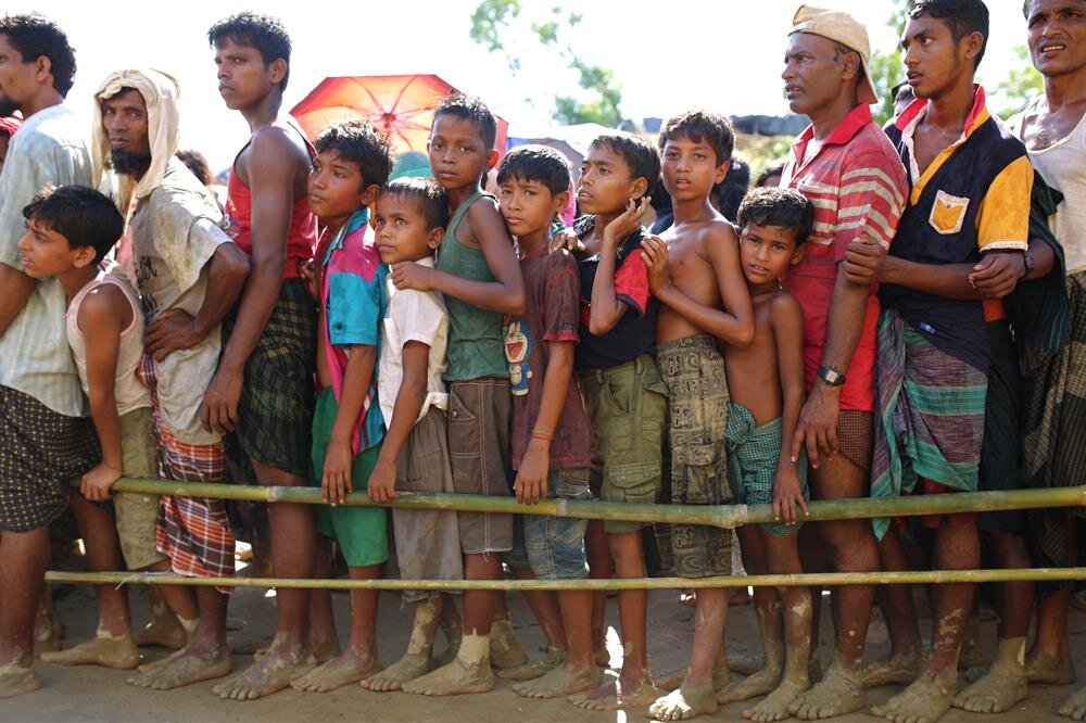Rohingya people flee from oppression in Myanmar