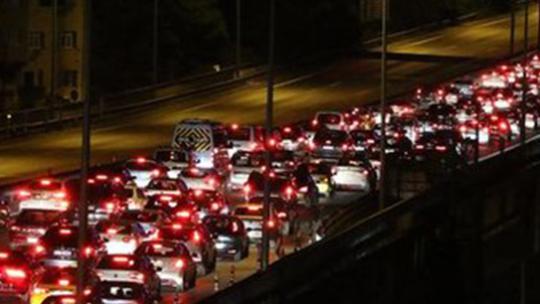 Fatih Sultan Mehmet Köprüsü kapatıldı