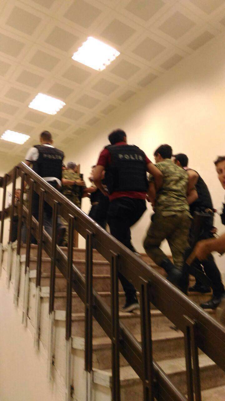 Police took one colonel and three soldiers into custody on Vatan Avenue.