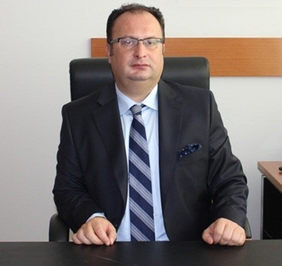 Cihan Kansız: Took part in the Ergenekon and Odatv investigations. He was the one who ensured that former Chief of General Staff Gen. İlker Başbuğ was arrested. His special powers were cancelled after Dec. 17 and he was assigned to Sakarya as a normal prosecutor. He fled abroad in 2015.
