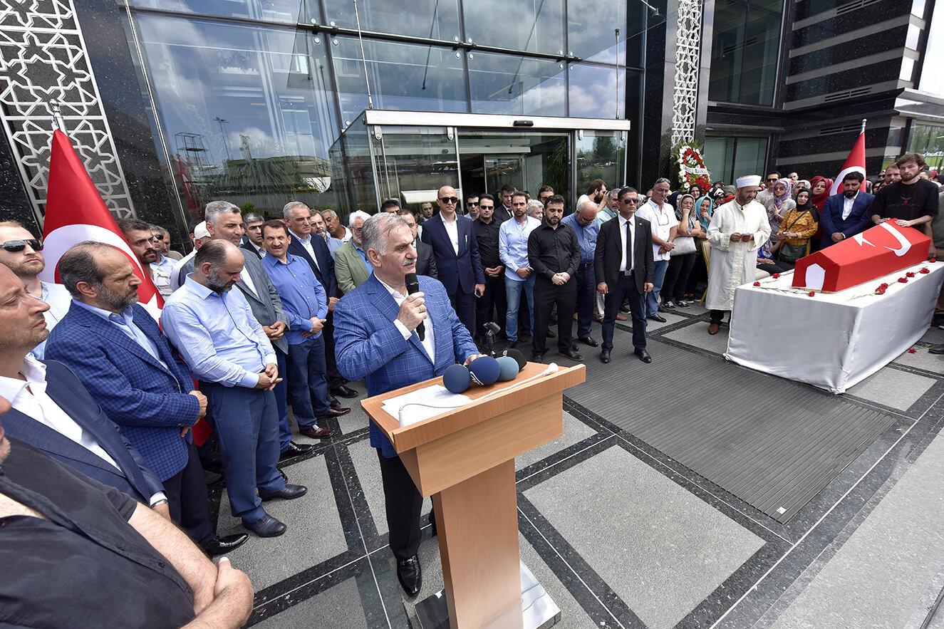 Albayrak Grubu Yönetim Kurulu Başkanı Ahmet Albayrak, peygamberlikten sonra en yüksek makamın şehitlik olduğunu belirterek,
