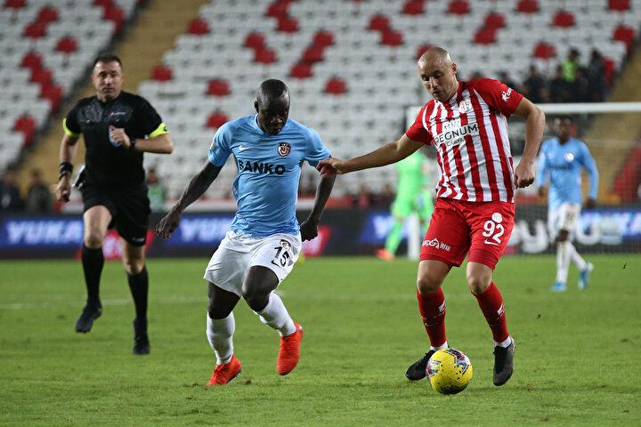Aatif Chahechouhe (Antalyaspor): 8.3 puan