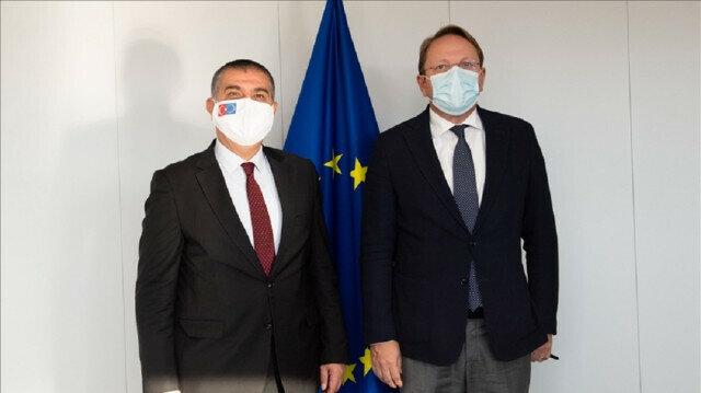 Senior Turkish official meets EU commissioner for enlargement