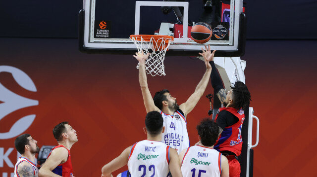 CSKA Moscow v Anadolu Efes - Turkish Airlines EuroLeague Final Four