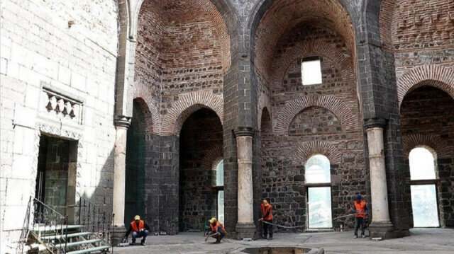 1,800-year-old church in southeastern Turkey being restored