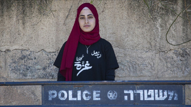 Palestinian girl documents Israeli settlers' attempts to seize homes in Jerusalem's neighborhood