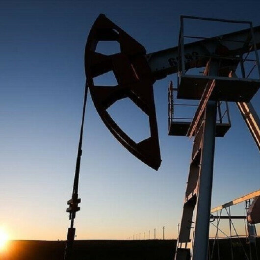 Oil prices steady from investor demand optimism during driving season