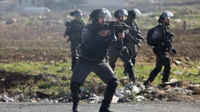 Palestinian injured by Israeli fire near Gaza border amid tension in Jerusalem